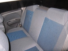 Фото 4 - Авточехлы Premium для салона Chevrolet Aveo '04-11, седан синяя строчка (MW Brothers)