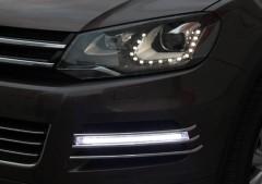 Дневные ходовые огни для Volkswagen Touareg '10- +V2 (LED-DRL)