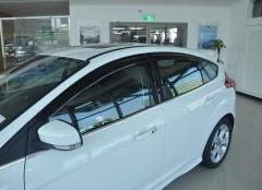 Дефлекторы окон для Ford Focus III '11-, хетчбек/седан (Hic)