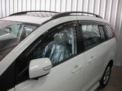 Дефлекторы окон для Mazda 5 '05-09 (Hic)
