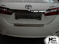 Накладка с загибом на бампер для Toyota Corolla '13- (Premium)