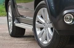 Метал. декоративные пороги для Mitsubishi Outlander XL '07-12 с плоской подножкой (EGR)