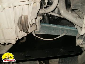 Защита картера двигателя и КПП, радиатора для Renault Master '98-10, V-3,0 DCI с кондиционером (Кольчуга)