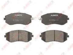 Тормозные колодки передние ABE C17013ABE, дисковые