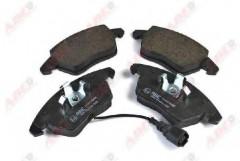 Тормозные колодки передние ABE C1A024ABE, дисковые