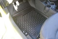 Фото 5 - Коврики в салон для Chevrolet Spark '11- полиуретановые, черные (Novline)