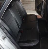 Фото 4 - Авточехлы из экокожи X-LINE для салона Volkswagen Polo '10- седан, с деленой спинкой (AVTO-MANIA)