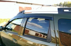 Дефлекторы окон для Renault Duster '10-, поликарбонат (Vinguru)