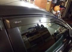 Vinguru Дефлекторы окон для Ford Focus II '04-11 седан/хетчбэк, поликарбонат (Vinguru)