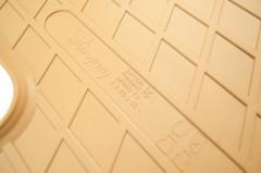 Фото 5 - Коврики в салон для Infiniti FX '03-08 резиновые, бежевые (Stingray)