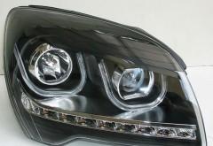 Фары передние для Kia Sportage '04-10, левая и правая, черные, c DRL (Junyan)