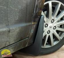 Фото 3 - Брызговики передние для Ravon R4 '16- (Lada Locker)