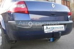 Фаркоп на болтах для Renault Megane 2 '02-08 седан (Avtoprystriy)