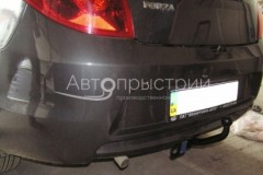 Фаркоп на болтах для ЗАЗ Forza '11- седан (Avtoprystriy)
