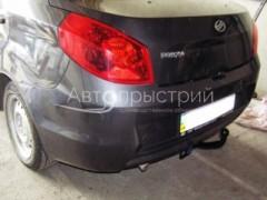 Фаркоп несъемный усиленный для ЗАЗ Forza '11- седан (Avtoprystriy)