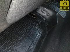Фото 9 - Коврики в салон для Volkswagen Golf IV '97-03 резиновые, черные (AVTO-Gumm)