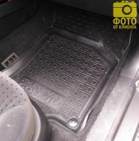 Фото 11 - Коврики в салон для Volkswagen Golf IV '97-03 резиновые, черные (AVTO-Gumm)