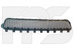 Решетка бампера для Volkswagen Touareg '02-06 средняя (FPS)