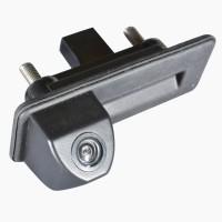 Штатная камера заднего вида в ручку багажника Prime-X TR-02 для Skoda Octavia A5 '10-13