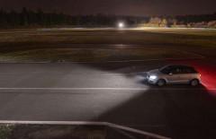 Фото 4 - Автомобильные лампочки Philips Ultinon LED H4 (P43T) 6200К (2 шт.) 11342ULWX2