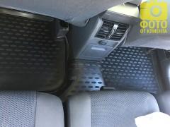 Фото 8 - Коврики в салон для Volkswagen Touran '03-15 полиуретановые, черные (Novline)