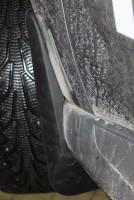 Брызговики передние для Mitsubishi Outlander XL '10-12 с пластиковыми накладками на порогах (Novline)