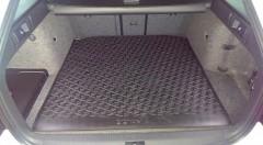Коврик в багажник для Skoda Octavia A7 '13- универсал резиновый, черный (VAG-Group) 5E9061160