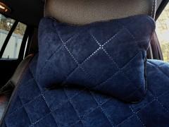 Подушка-подголовник темно-синяя, алькантара (АVторитет)