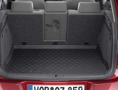 Коврик в багажник Volkswagen Tiguan '07-16, черный, резиновый (VAG-Group) 5N0061180
