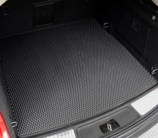 Фото 3 - Коврик в багажник для BMW X1 F48 '15- с креплениями задних сидений, EVA-полимерный, черный (Kinetic)