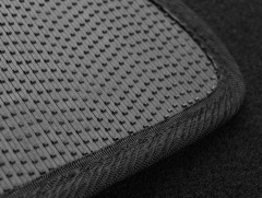 Фото 3 - Коврики в салон для Nissan Qashqai +2 '06-14 текстильные, черные (Стандарт)