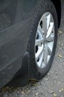 Брызговики задние для Volkswagen Jetta '10-14. Оригинальные ОЕМ 5C6075101