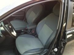 Авточехлы Premium для салона Hyundai Accent (Solaris) '11-17, хетчбек, с деленой спинкой, красная строчка (MW Brothers)