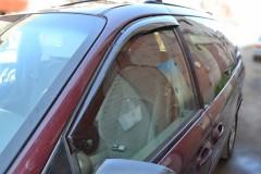 Дефлекторы окон для Chrysler Grand Voyager '08- (Cobra)