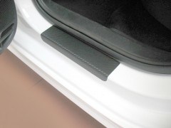 Фото товара 8 - Накладки на пороги карбон для Volkswagen Jetta VI '11- (Premium+k)