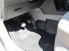 Фото 3 - Коврики в салон для Volkswagen Caddy '04-15 полиуретановые (L.Locker) передние