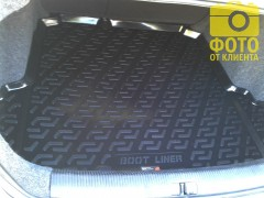 Фото 4 - Коврик в багажник для Volkswagen Jetta V '06-10 седан, резино/пластиковый (Lada Locker)
