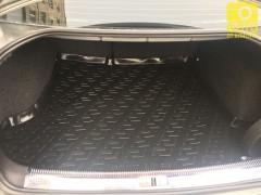 Фото 7 - Коврик в багажник для Volkswagen Passat B5 '97-05 седан, резино/пластиковый (Lada Locker)