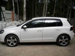 Дефлекторы окон для Volkswagen Golf VI '09-12 (Sim)