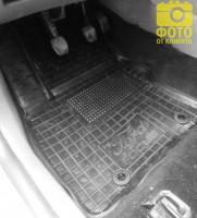 Фото 8 - Коврики в салон для Ford Focus II '04-11 резиновые, черные (AVTO-Gumm)