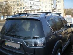 Багажник на рейлинги для Mitsubishi Outlander XL '07-12, сквозной (Десна-Авто)