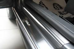 Накладки на пороги для Volkswagen Golf Iv 5D (Premium)