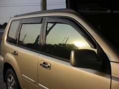 Дефлекторы окон для Nissan X-Trail '01-07 (Hic)