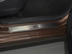 Фото 1 - Накладки на пороги Hyundai i-10 '14- (Premium)