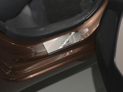 Фото 2 - Накладки на пороги Hyundai i-10 '14- (Premium)