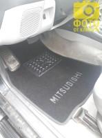 Коврики автомобильные Mitsubishi Pajero Sport '00-09 текстильные чёрные Люкс