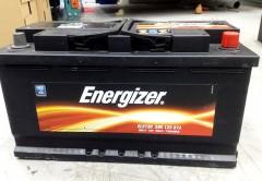 Автомобильный аккумулятор Energizer 90Ач