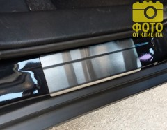 Фото 10 - Накладки на пороги для Suzuki SX4 '13- (Standart)