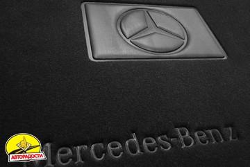 Коврики в салон для Mercedes CLS-Class C218 '10- текстильные, черные (Премиум), 2 клипсы