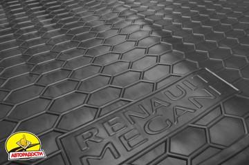 Коврик в багажник для Renault Megane 3 '08-16, универсал, резиновый, с карманами (AVTO-Gumm)
